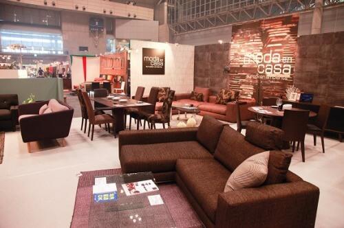 最新トレンドの家具にであえる大バザール画像